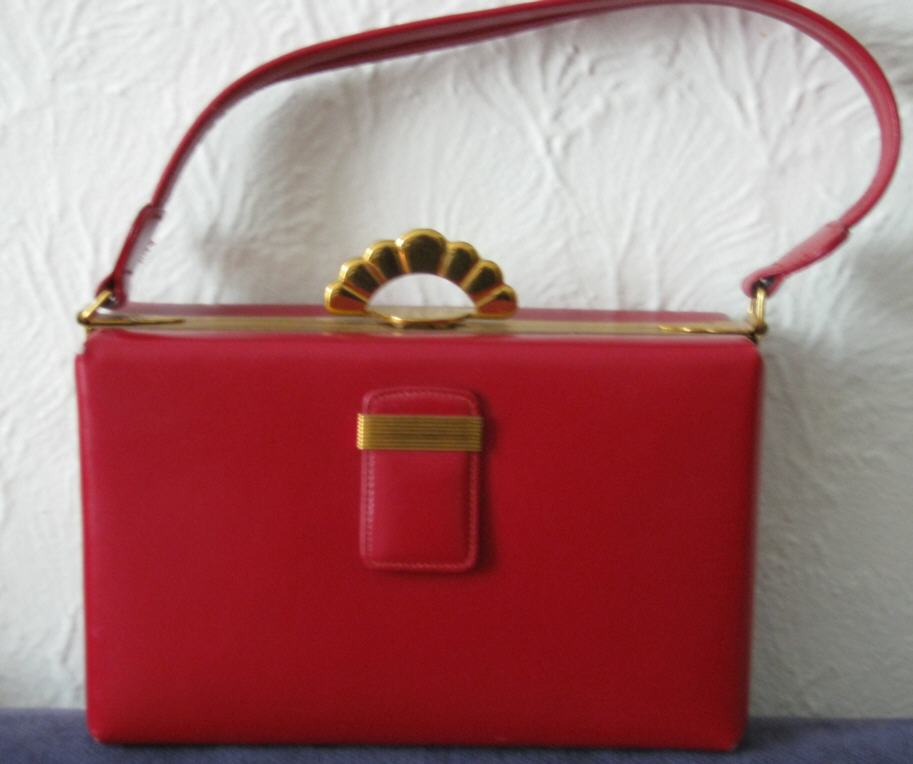 What S In Your Vintage Handbag Oh For The Love Of Vintage